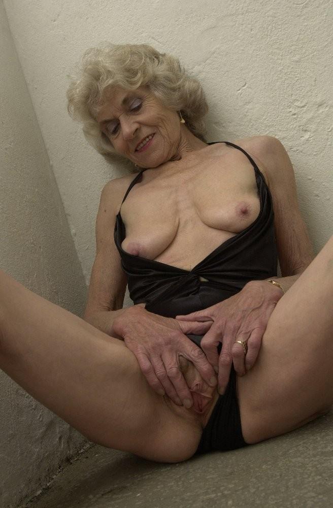 Nude mature british granny