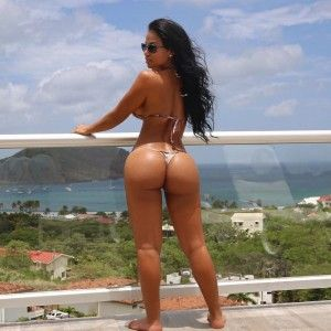 Naked skinny girls with big asses