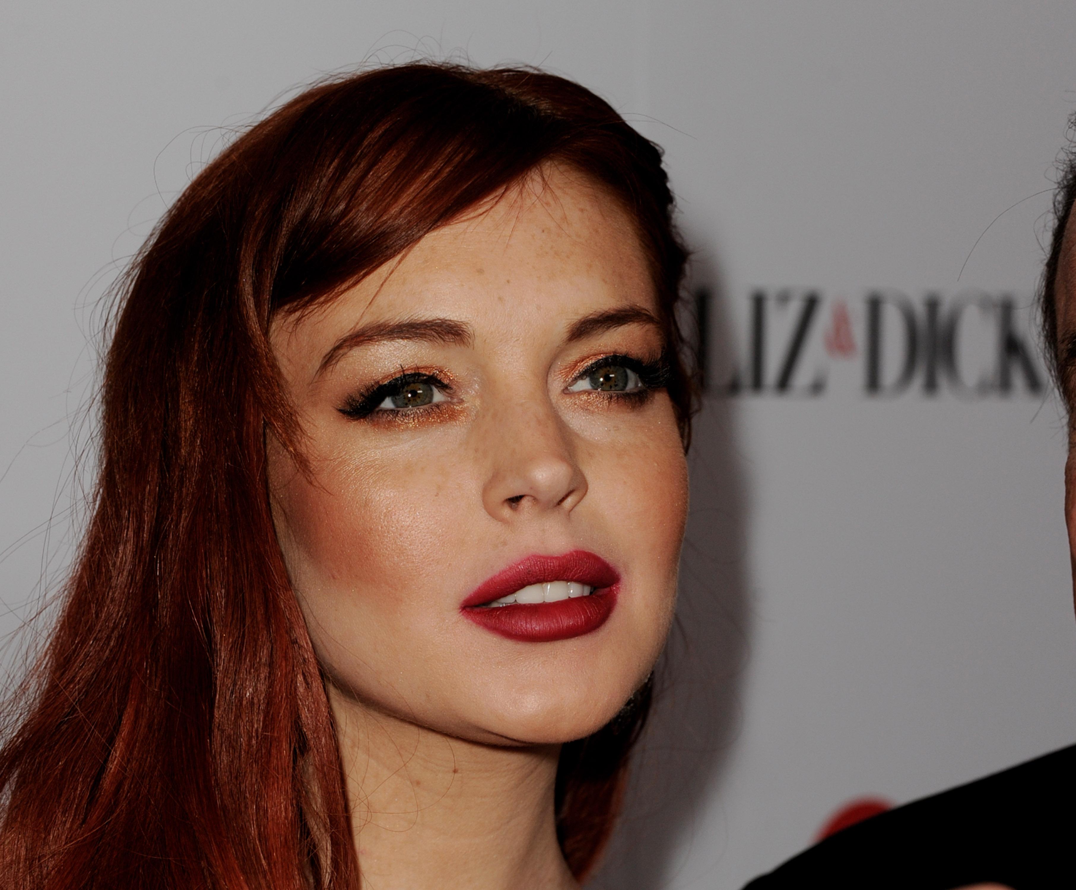 Lindsay lohan hair color