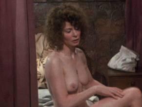 Sarah miles nude pussy