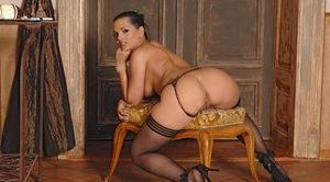 Indian bbw nude ass