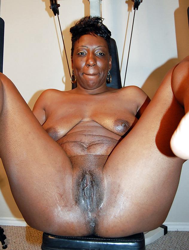 Naked mature black women nude