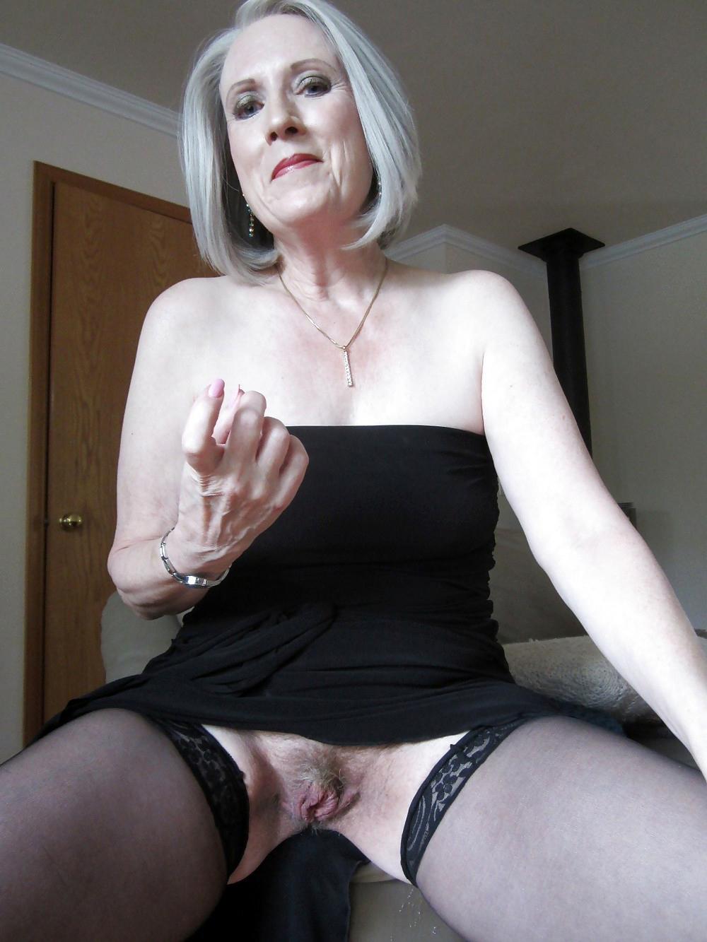 Blonde milf upskirt no panties