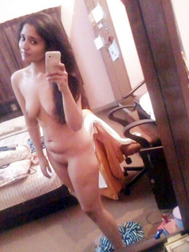 Nude hot girl photo