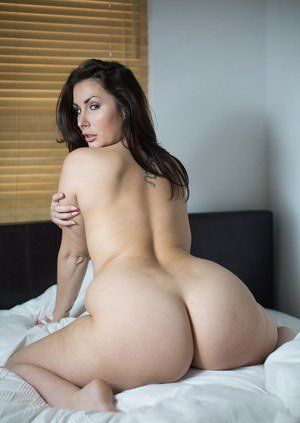 Big booty naked images