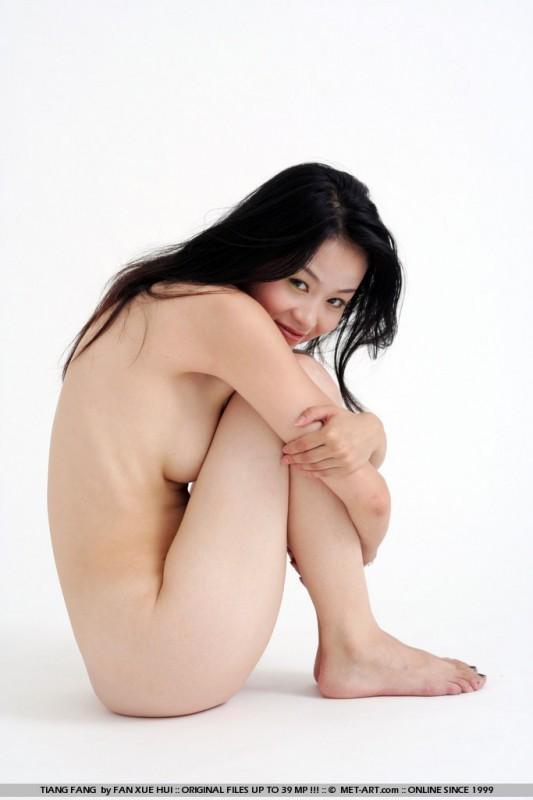Fang fang long hair nude