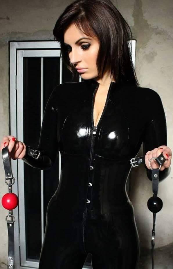 Latex woman ball gag bondag