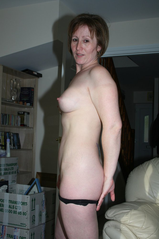 Mature cuckold wife date