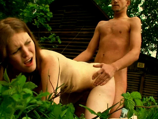 On post outdoor fuck pussy