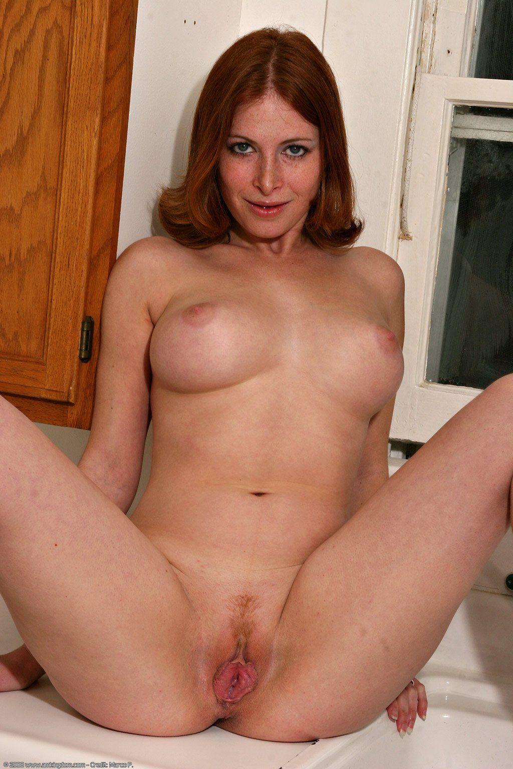 Sexy mature naked women