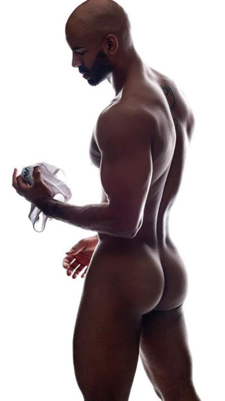 Black man bubble butt