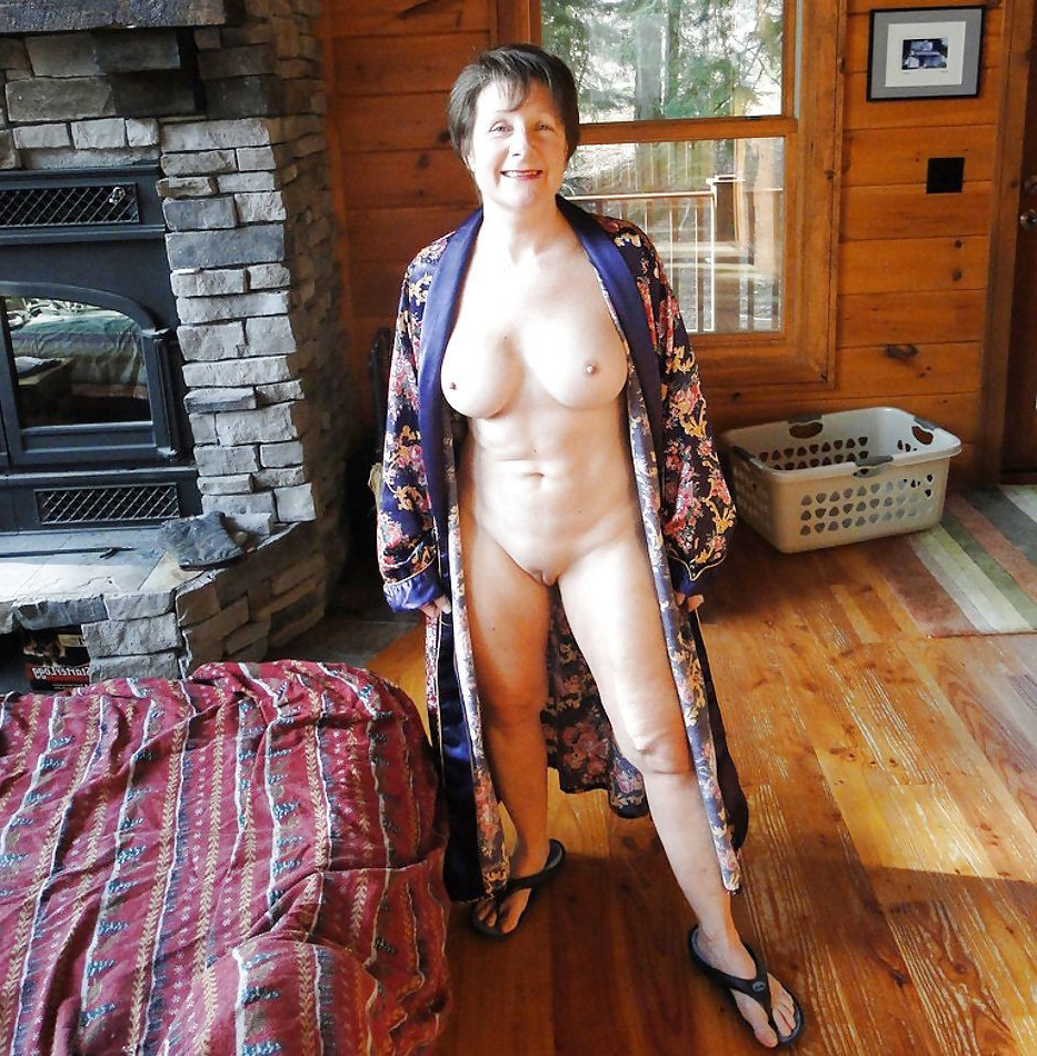 Naked old granny nude