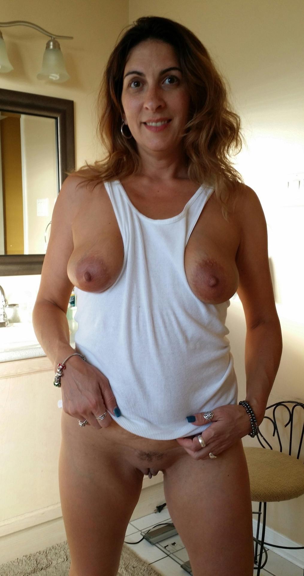 Mature milf nude pics
