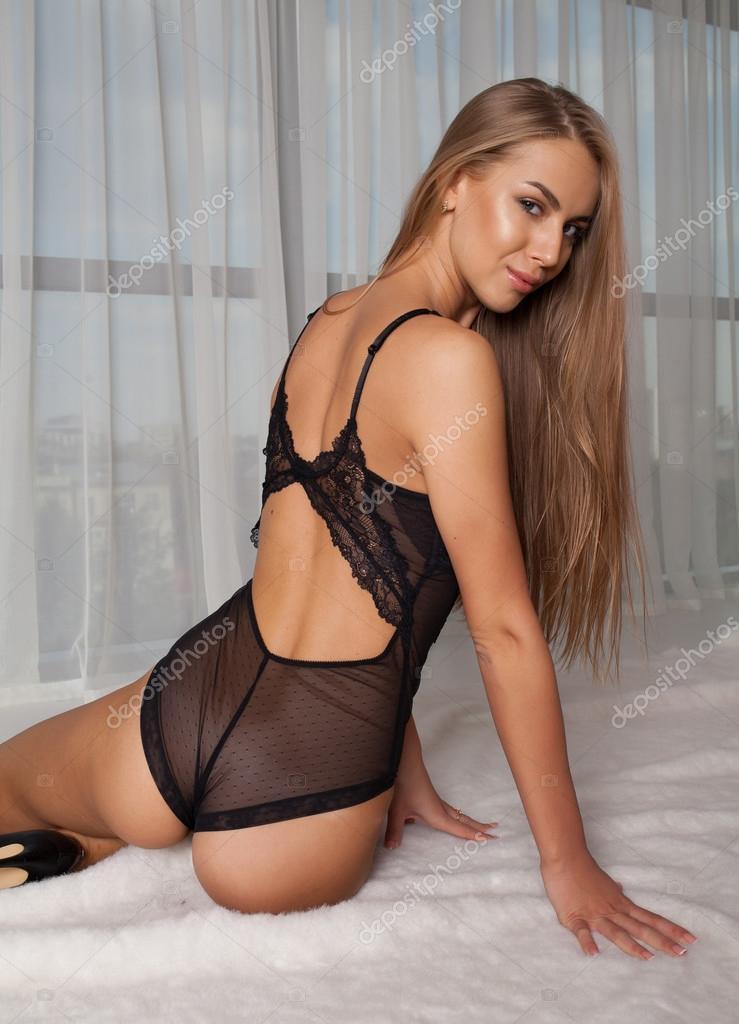 Secy hot beautifull girl nude