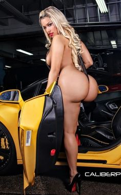 Wash her pussy women naked car open wide during sexy