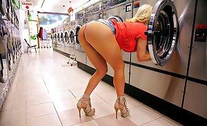 Traylor howard actress nude