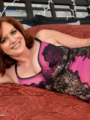 Red headed cougar milfs