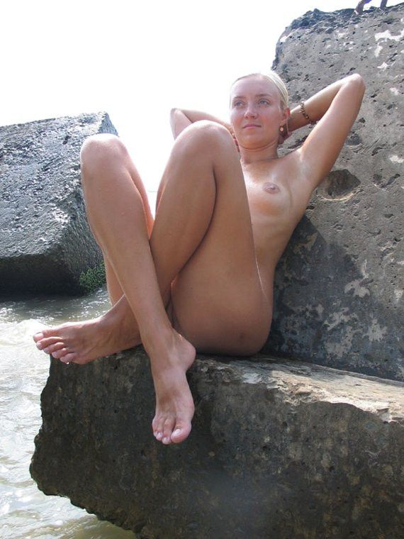 Mature nude my wife posing
