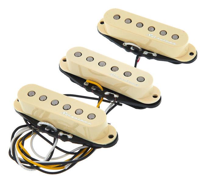 Fender vintage noisless pickups