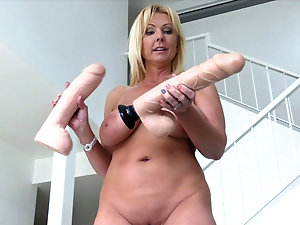Big dildos fat girls with