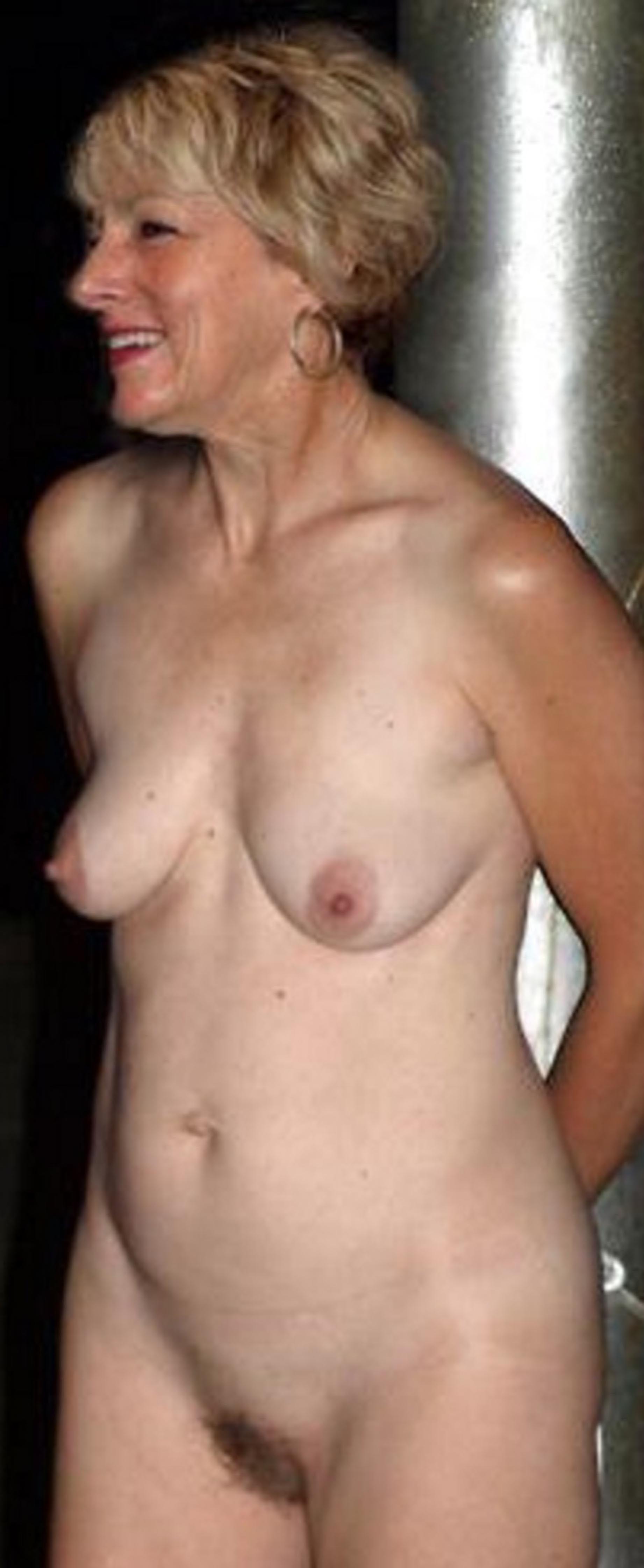 Ffffound naked girl having sex