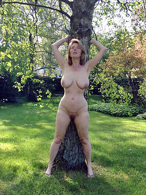Sex real amateur women outdoor