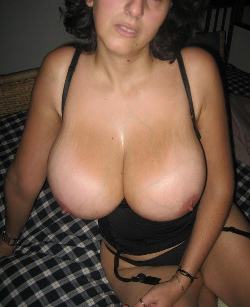 Naked mature full figure