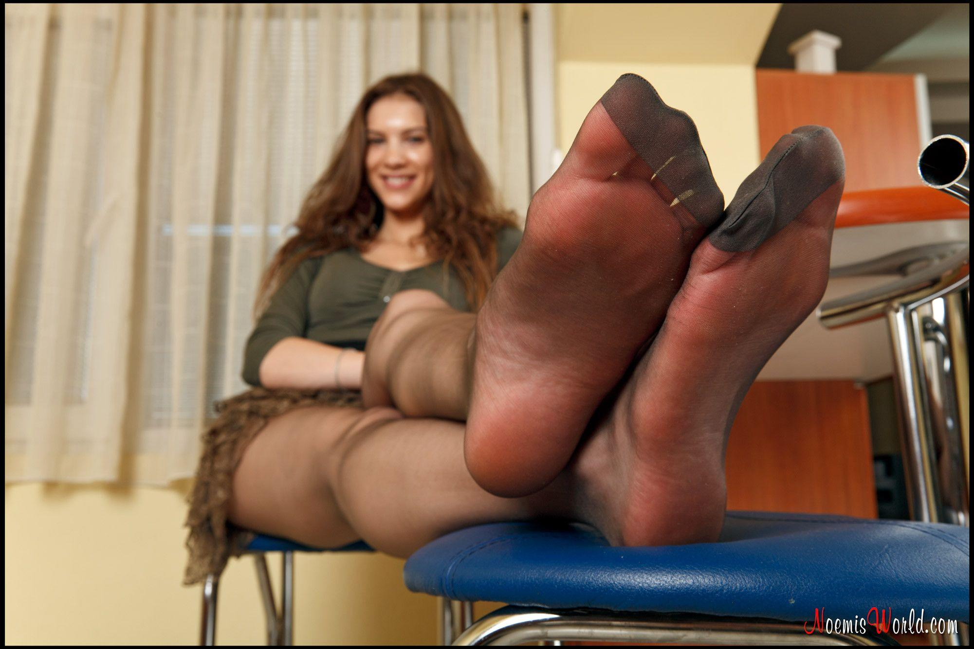 Hot nylon feet porn